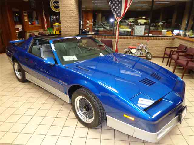 Picture of 1987 Firebird Trans Am WS6 located in MILL HALL PENNSYLVANIA - MU6D