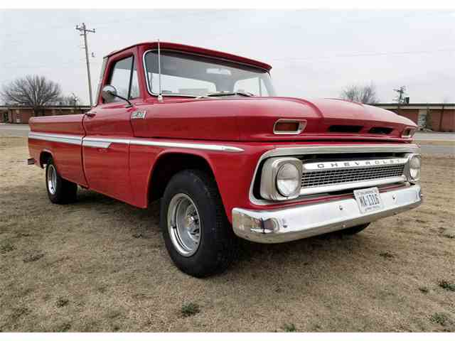 Picture of Classic 1965 C10 located in OKLAHOMA Auction Vehicle Offered by Leake Auction Company - MUYV