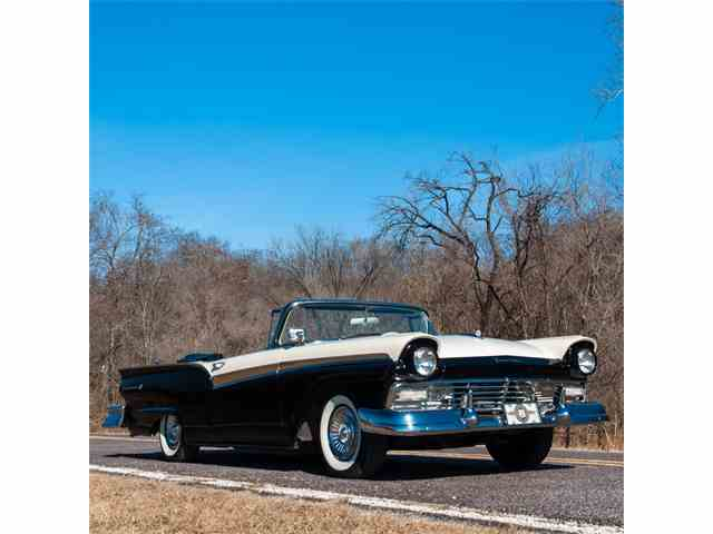 Picture of '57 Fairlane 500 - MUZ9