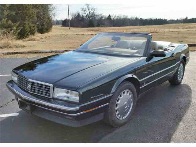 Picture of 1993 Allante Offered by Leake Auction Company - MUZM