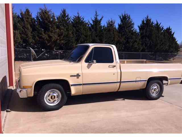 Picture of 1984 Fleetside Auction Vehicle Offered by Leake Auction Company - MV5A