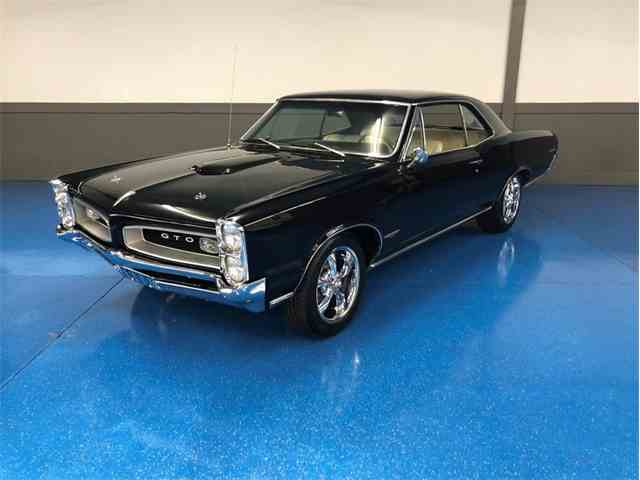 Picture of Classic '66 GTO located in OKLAHOMA Auction Vehicle Offered by Leake Auction Company - MV84