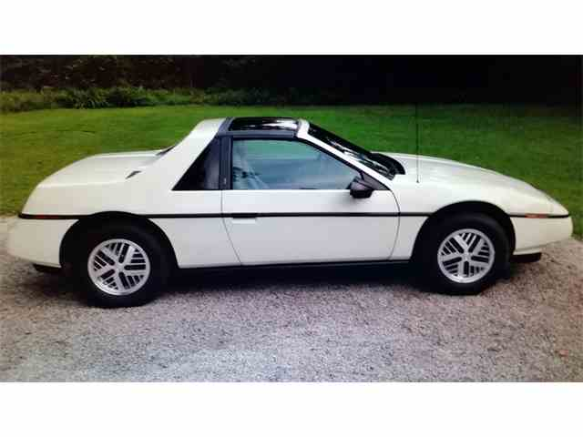 Picture of '88 Fiero - MVB9
