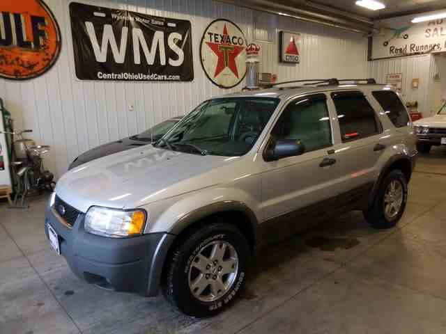 Picture of '03 Ford Escape located in Upper Sandusky Ohio Offered by Wyandot Motor Sales - MW5M