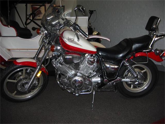 1996 Yamaha Motorcycle | 352542