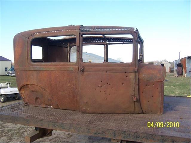 1929 Ford Tudor | 381902