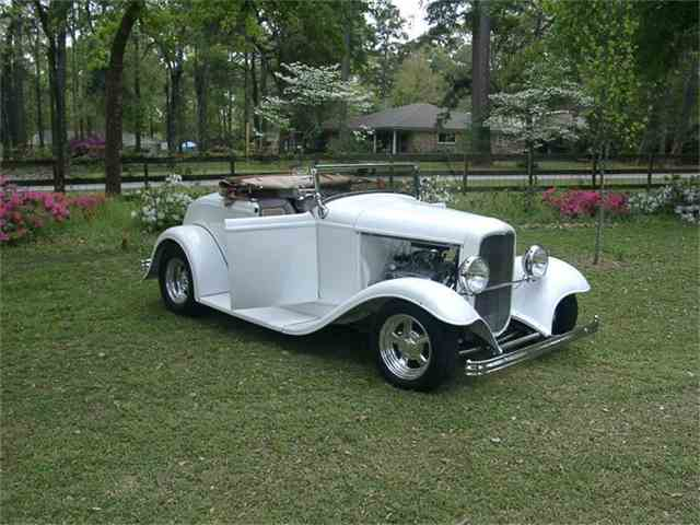 1932 Ford Roadster | 395981