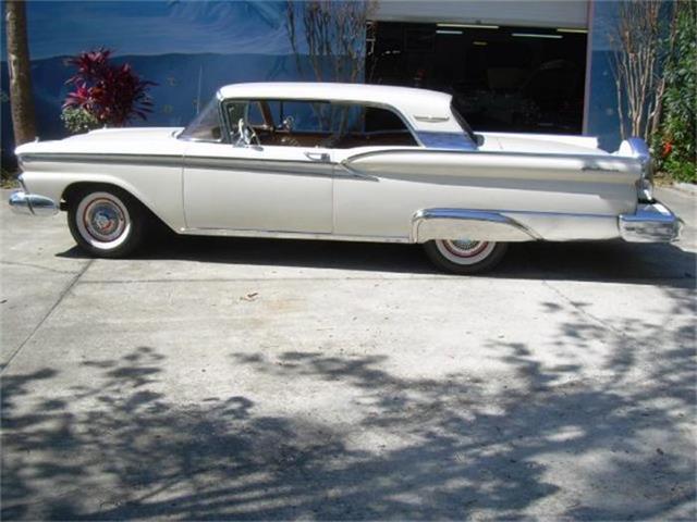 1959 Ford Galaxie   421790
