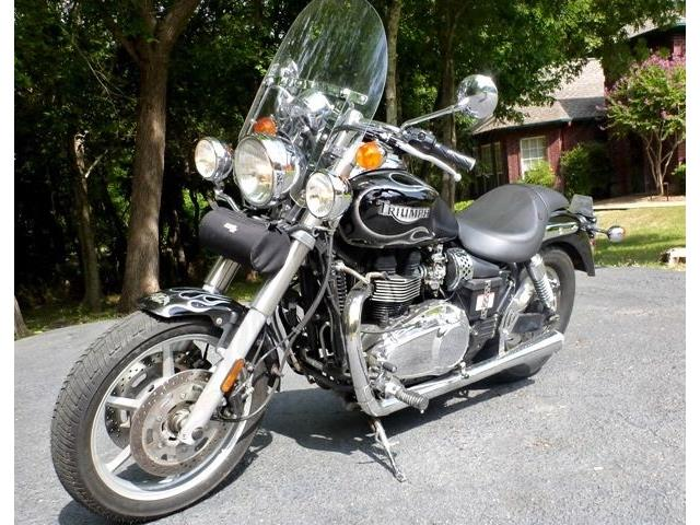 2004 Triumph Motorcycle | 444355