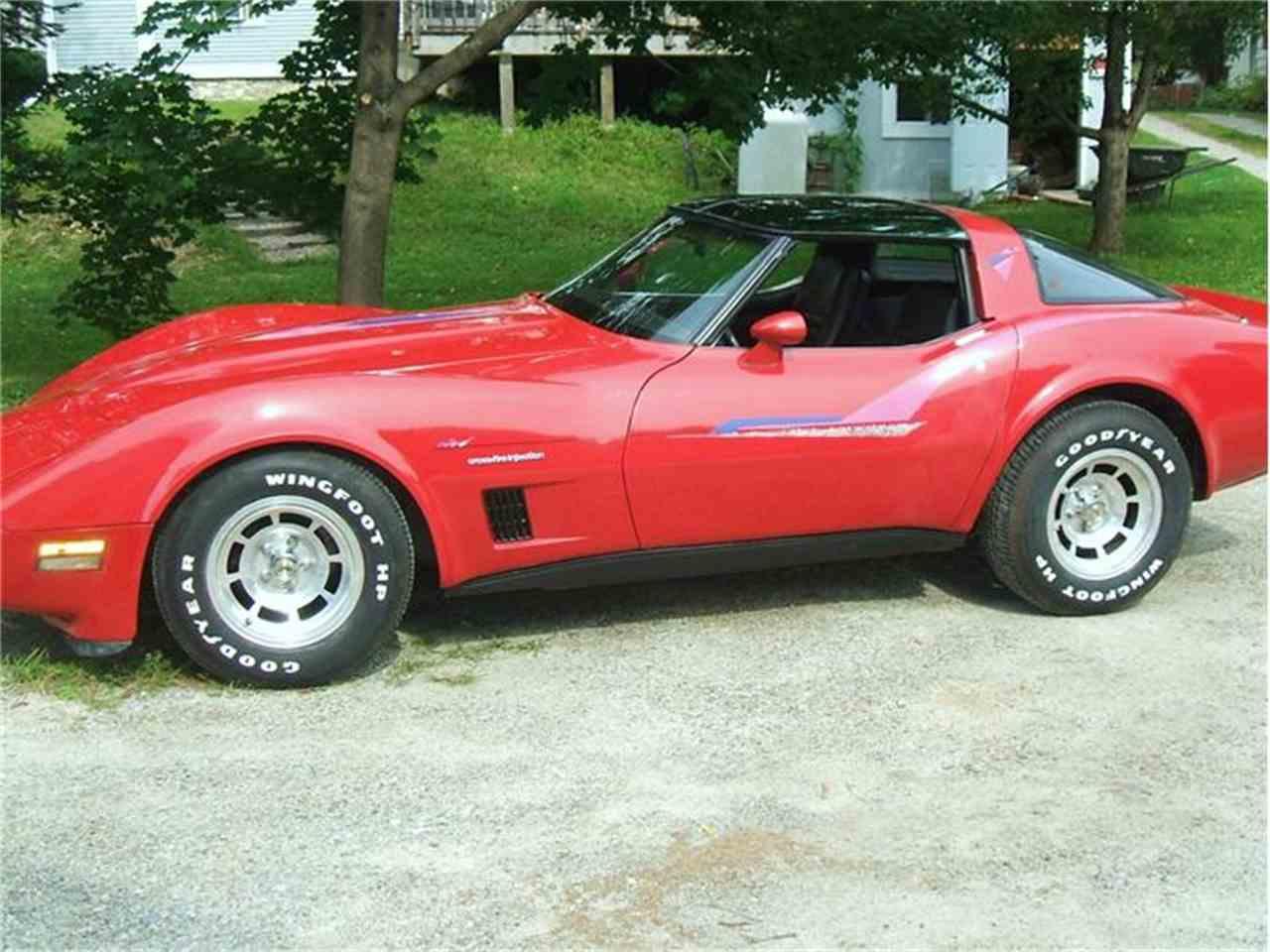 Large Picture of '82 Corvette - 9PR8