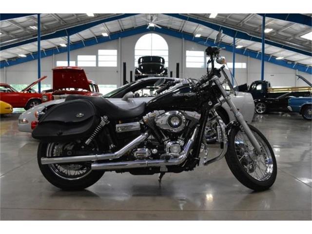 2011 Harley Davidson Super Glide Custom   536725