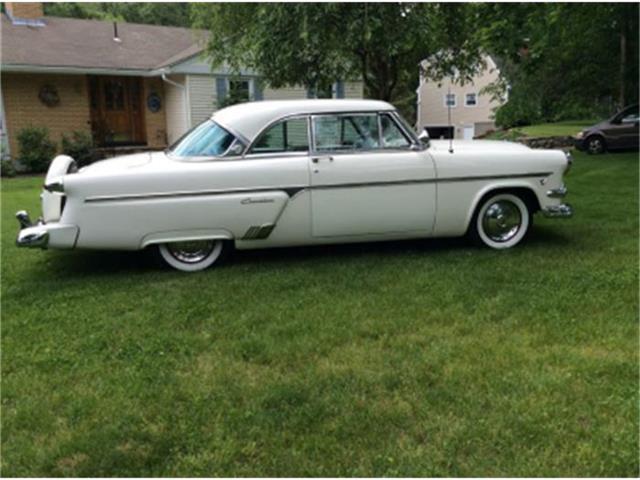 1954 Ford Victoria | 547594