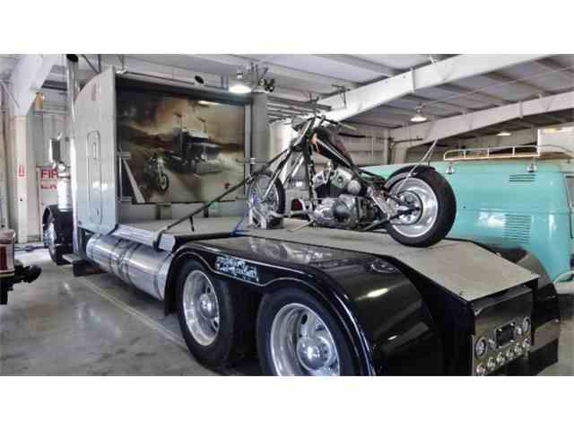 2000 Peterbilt 379 Custom Bike Hauler | 550107