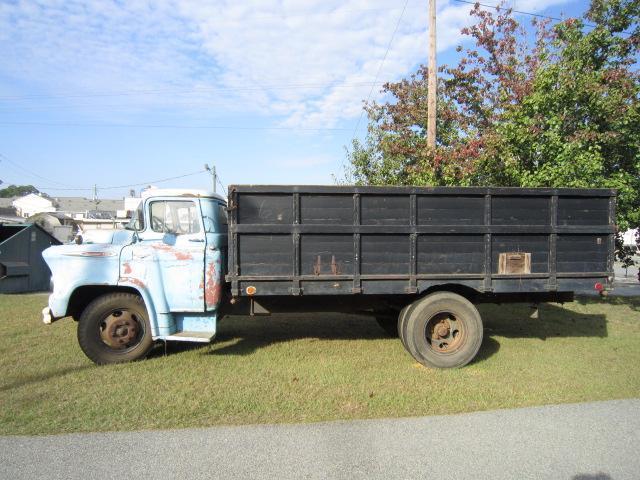 1957 Chevrolet 5200 1 1/5 Ton | 551630