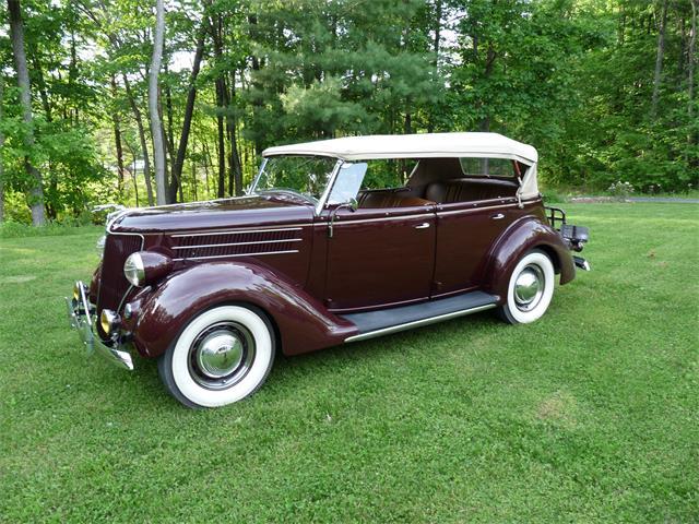 1936 Ford Phaeton | 555112