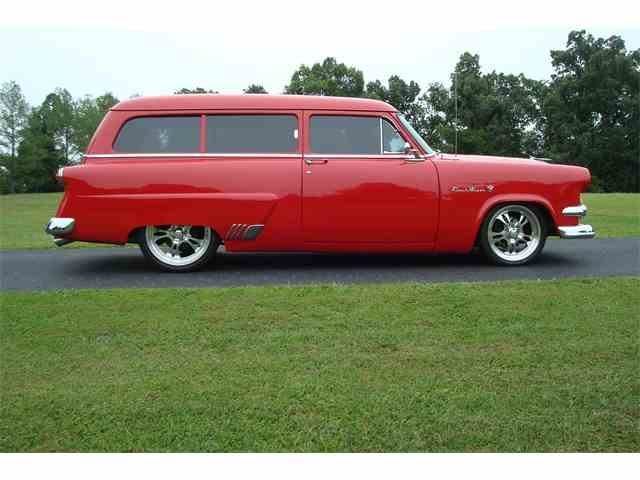 1954 Ford Ranch Wagon | 561051