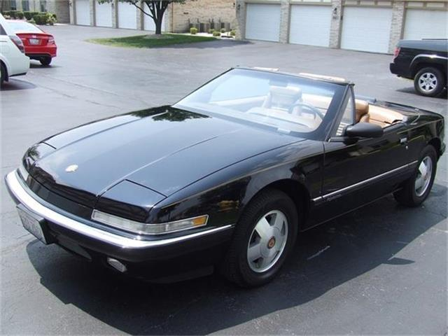 1990 Buick Reatta | 562730