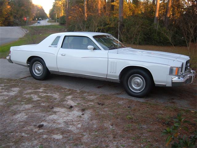 1979 Chrysler 300 | 563135