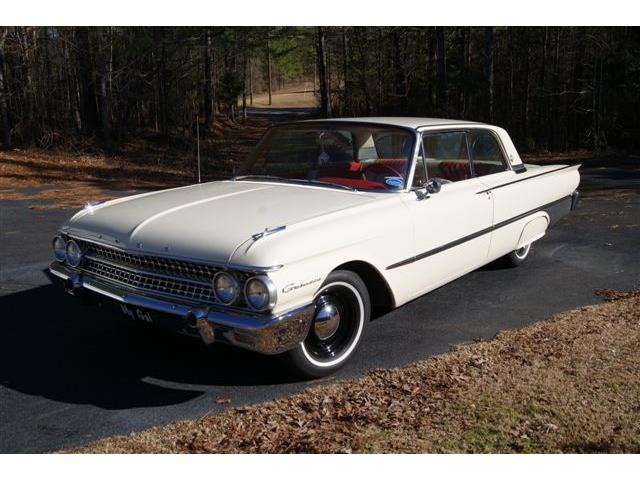 1961 Ford Galaxie | 563762