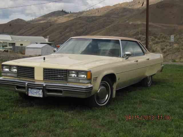1976 Oldsmobile 98 | 586249