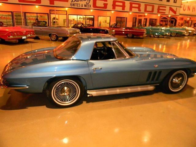 1966 Chevrolet Corvette | 589781