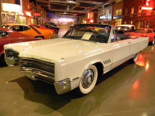 1968 Chrysler 300   589784