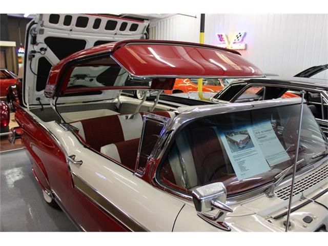 1957 Ford Fairlane 500 Skyliner | 598055
