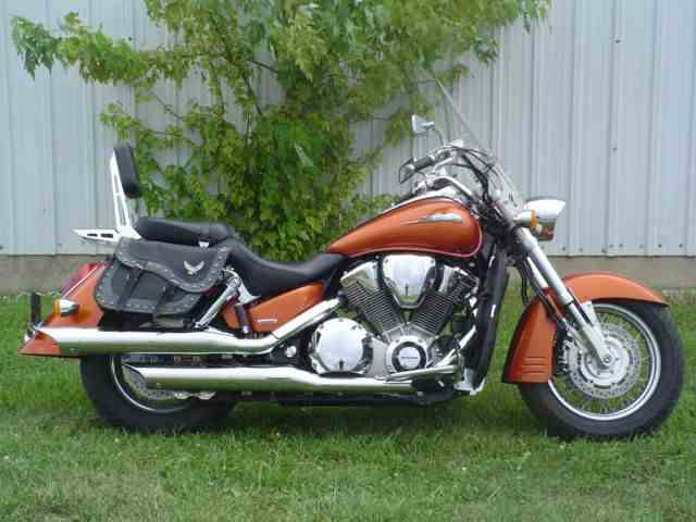 2002 Honda Motorcycle | 599083
