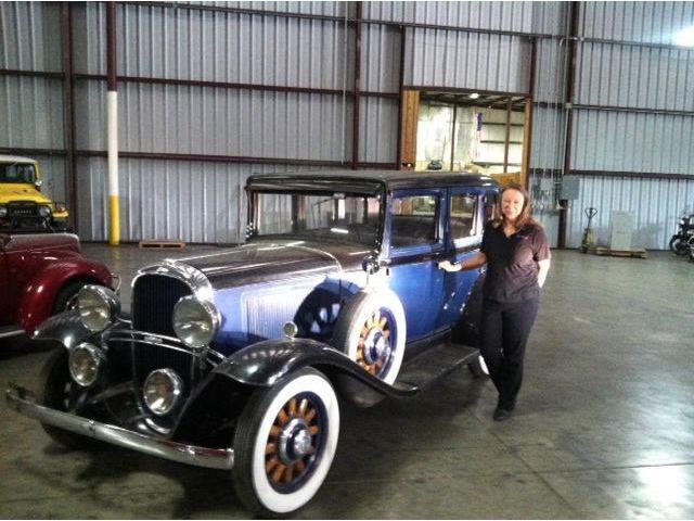 1931 Oldsmobile Custom Cruiser | 599213
