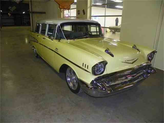 1957 Chevrolet Bel Air Nomad | 601679