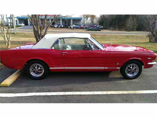 1965 Ford Mustang | 608895