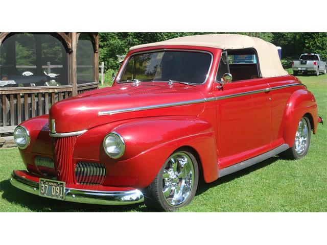 1941 Ford Custom Deluxe | 609886