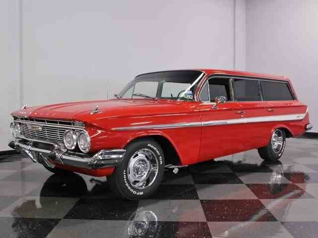 1961 Chevrolet Impala Nomad | 615495