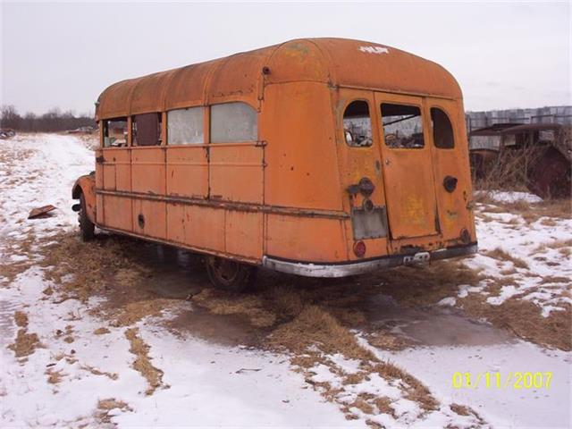 1937 Ford School Bus | 618560