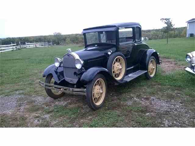 1929 Ford Model A 5-Window Coupe | 631572