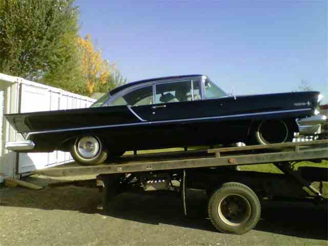 1957 Lincoln Premiere | 636684