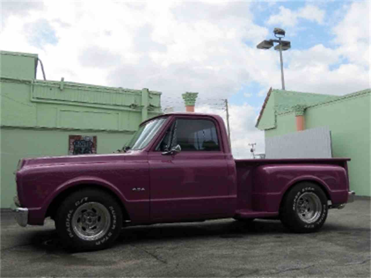Large Picture of '70 Pickup - DOO6