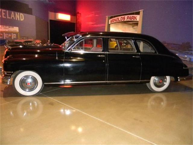 1949 Packard Super Deluxe Eight LWB Sedan | 639577