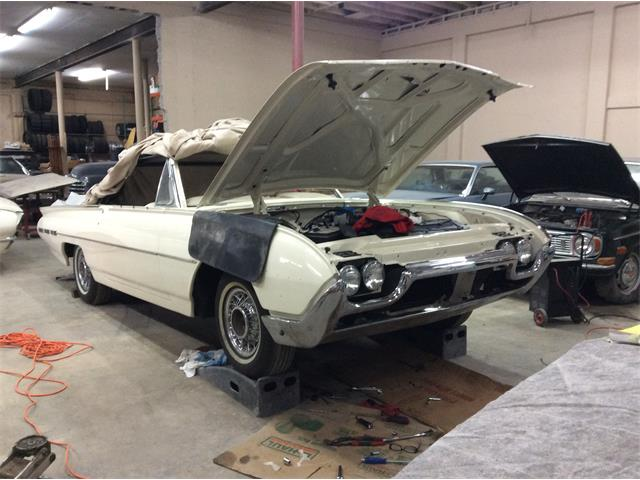1962 Ford Thunderbird | 641484