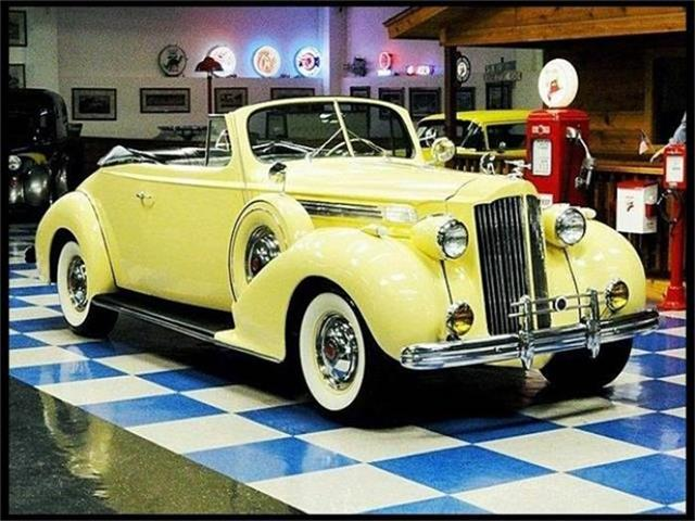 1939 Packard Super Eight | 641811