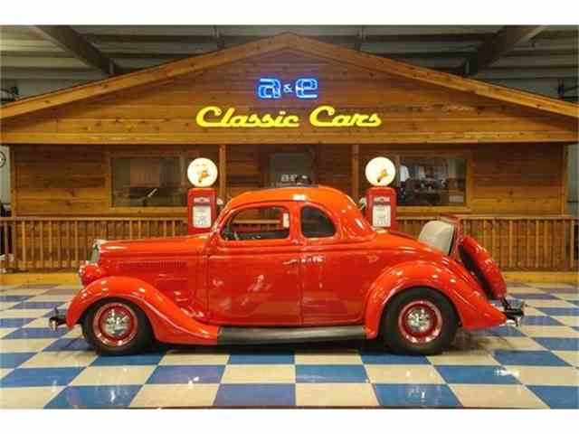 1935 Ford 5-Window Coupe | 648300