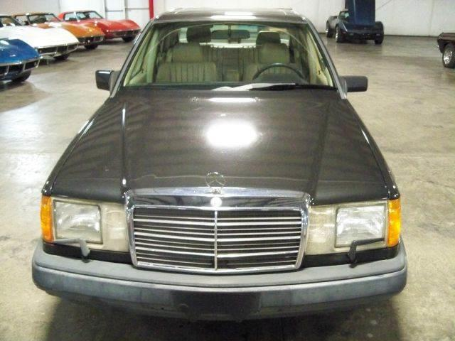 1989 Mercedes-Benz 300 | 653021