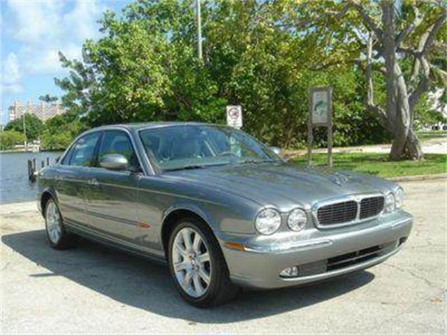 2004 Jaguar XJ | 653142