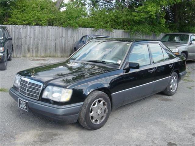 1994 Mercedes-Benz E320 | 650499