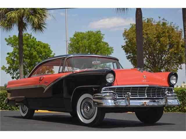 1956 Ford Fairlane Victoria | 656808