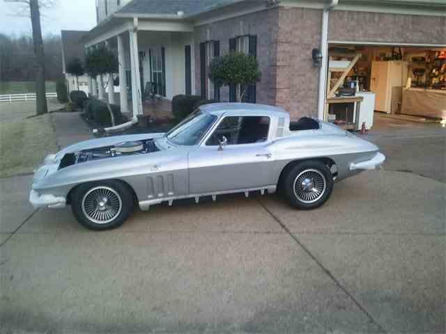 1965 Chevrolet Corvette | 657163