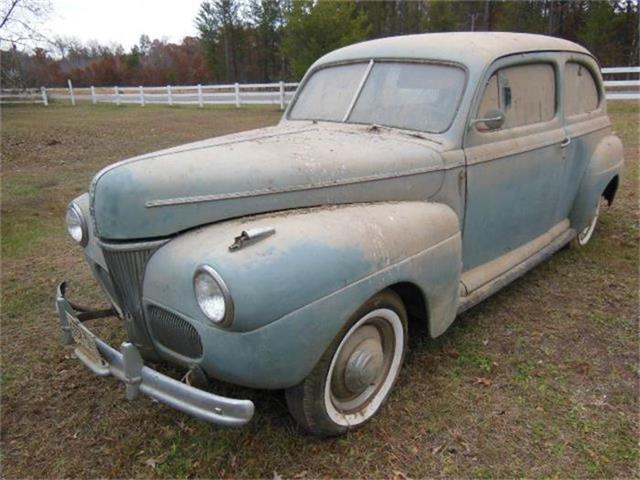 1941 Ford Tudor | 657606