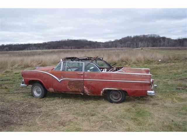 1955 Ford Fairlane | 657611