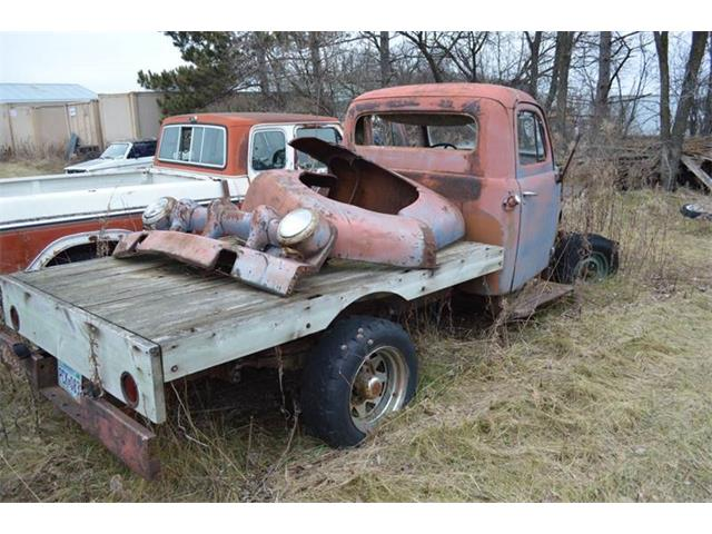 1953 Ford F2 | 657611
