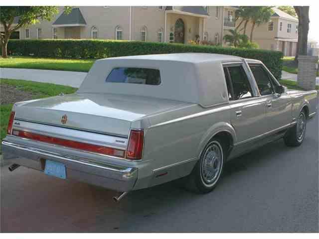 1987 Lincoln Town Car | 658180